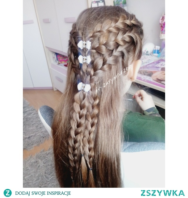 Warkocze Holenderskie I Rozpuszczone Włosy Na Fryzury Dla