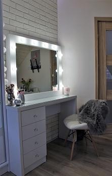 #lustro #projekt #white #wizaż #makijaż #królestwo #wszystkich #dziewczyn #oświetlenie  #lustro na zamówienie #zapraszam do współpracy