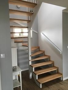 schody drewniane ...