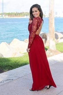 Sukienka Vivienne Red z noshame.pl (klik w zdjęcie, by przejść do sklepu)