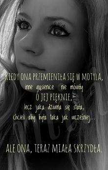 """""""W każdej kobiecie,nawet najbardziej represjonowanej,jest sekretn życie,..."""