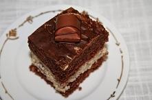 Ciasto Kinder Bueno Ciasto: 2 szklanki mąki pszennej 3-4 łyżki kakao 2 łyżecz...