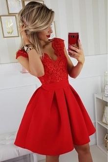 sukienka czerwona koronkowa...
