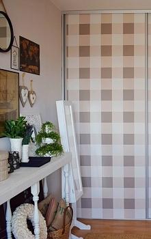 Tapetowanie szafy, oklejanie szafy tapetą