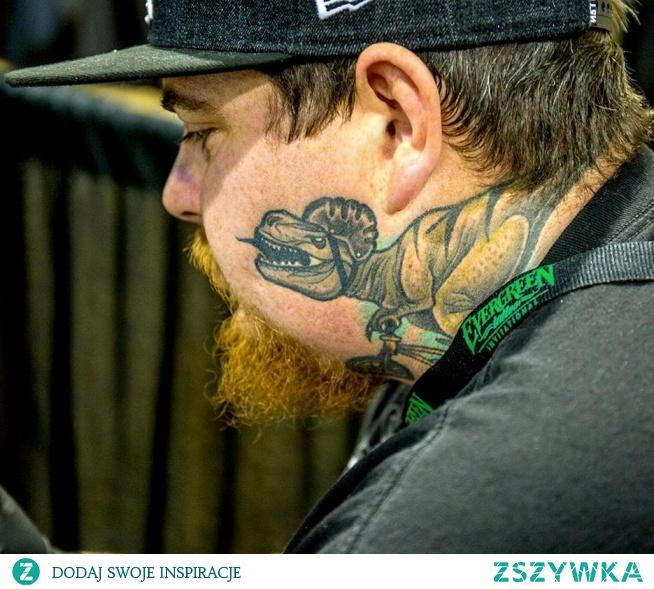 Dinozaur Tatuaż Na Policzku Na Ciekawe Tatuaże Zszywkapl