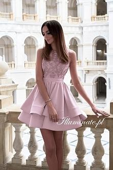 Piękna pudroworóżowa sukien...