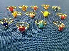 Odpustowe pierścionki, były też takie z biedronką,regulowane.