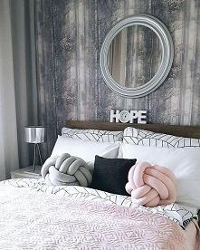 Sypialnia <3 poduszki pi...