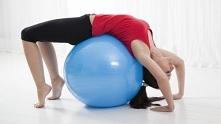 Ból pleców? Wypróbuj 5 ćwiczeń rozciągających, które przynoszą ulgę