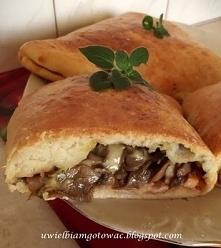 Calzone (Włochy)  Ciasto:  ...