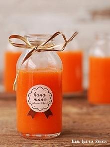 Koktajl marchewka-mango    Prosty, 3 składnikowy koktajl. Dzięki zawartości imbiru, oprócz dostarczenia organizmowi witamin, poprawi krążenie oraz podziała przeciwzapalnie. Idea...