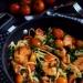 Makaron z kurczakiem, szpinakiem i pomidorkami