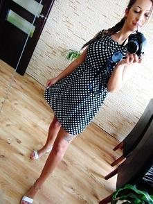 Sukienka w grochy od Tyniakowska z 24 kwietnia - najlepsze stylizacje i ciuszki