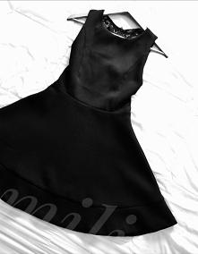 ⚫Little Black Dress(LBD)czy jak ktoś woli Mała Czarna jest niezbędna w damski...