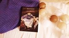 Sięgając po książkę Renaty Kosin pt. Jedwabne rękawiczki, spodziewałam się ws...
