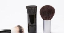 Odkrywany tajemnice doboru odpowiedniego pędzla do makijażu. Który do czego?
