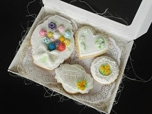 Kruche ciasteczka domowej roboty!  Ozdabiane własnoręcznie lukrem, z dbałością o każdy szczegół.  Ciasteczka idealnie nadają się jako prezent na Dzień Mamy, urodziny,imieniny i ...