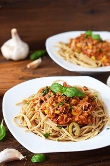 Spaghetti z mięsem wołowym,...