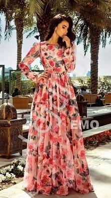 Długa zwiewna suknia w róże. Letnia długa suknia w kwiaty.