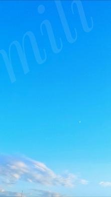 Godzina 13 na zegarku a u mnie księżyc wraz ze słońcem wędrują po niebie:)
