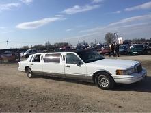każdy by się chciał taka limuzyna przejechać np do szkoły xd