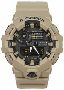 Casio GA-700UC-5AER zegarek męski G-shock wytrzymały i odporny na uderzenia. Wykonany z tworzywa w kolorze khaki. Wyposażony w wysoką wodoszczelność 100-stu metrów. Aby przenieś...
