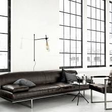 Kinkiet Axis, charakteryzuje się ciekawym i stylowym designem. Idealne oświet...