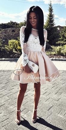 Piękna rozkloszowana sukienka z długim rękawem <3 tylko w kolekcji Illumin...