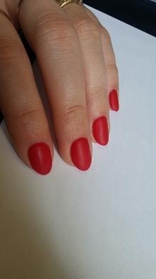 czerwone :)