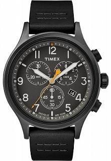 Timex TW2R47500 męski zegarek klasyczny ze sportową nutą w formie chronographu. Wykonany ze stali oraz skóry. Całość w kolorze czarnym.  Wyróżnia go wodoszczelność 100-stu metró...
