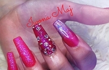 in love nails