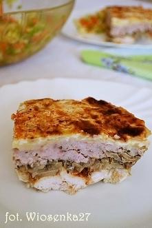 Przekładaniec mięsno-pieczarkowy z serem Dzisiaj mam ciekawą propozycję na danie, które można zaserwować gościom. Jest to przekładaniec zawierający warstwy 2 gatunków mięs, piec...