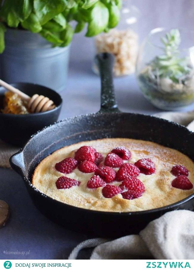 Puszysty omlet miodowy z malinami / Fluffy honey pancake with raspberries