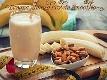 Proteinowy shake bananowo migdałowy