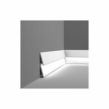 Listwa przypodłogowa ukośna SX179F DIAGONAL firmy Orac Decor to wersja Flex e...