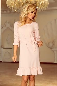 Pastelowa różowa sukienka z...