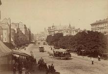 KRAKOWSKIE PRZEDMIEŚCIE – WIDOK W STRONĘ PLACU ZAMKOWEGO - 1873 r.
