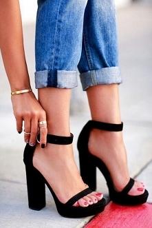 buty na grubym obcasie
