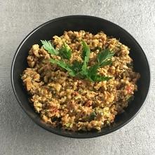 Pasta z cukinii i suszonych pomidorów jest wyjątkowo łatwa w przygotowaniu i świetnie sprawdza się na kanapkach lub jako pesto do makaronu. Zachęcam do spróbowania, nawet jeśli ...