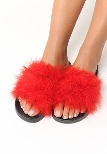 Czerwone Klapki Plushie