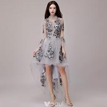 Wysoka Niska Szary Sukienki Koktajlowe 2018 Princessa Z Koronki Aplikacje Asymetryczny Wysokiej Szyi 3/4 Rękawy Sukienki Wizytowe