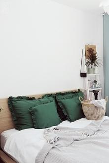 Nowość - poszewki na poduszki w kolorze BUTELKOWA ZIELEŃ   Jak Wam się podobają? :)