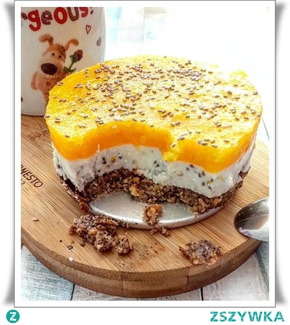 Mini serniczek to wspaniały pomysł na mini deser. Poznaj fit przepis na pyszny, szybki i zdrowy deser.