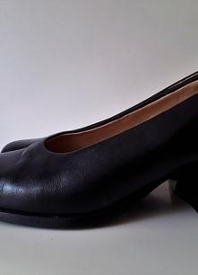 Buty czarne skórzane szerok...