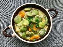 Letnia zupa z bobu, marchew...