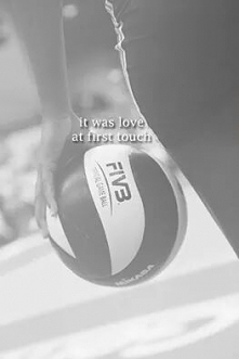 It was love at first touch ❤