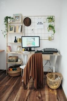 Domowy kącik pracy w stylu BOHO :)  Pieleszowe produkty: - złoty organizer - ...