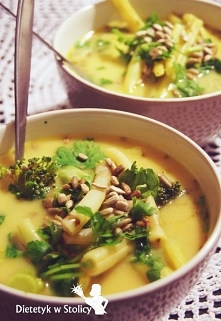 Zupa z wkładką serową i fasolką szparagową