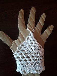 szydełkowe rękawiczki