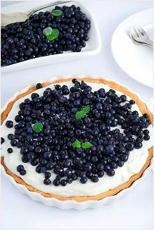 Tarta z mascarpone i jagodami